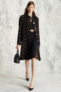 http://www.vogue.com/fashion-shows/pre-fall-2016/michael-kors-collection/slideshow/collection