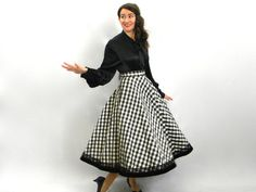 Vintage 50s Black White Checked Swing Skirt by GlennasVintageShop This skirt reminds me of the one Vera Ellen wore in white Christmas!