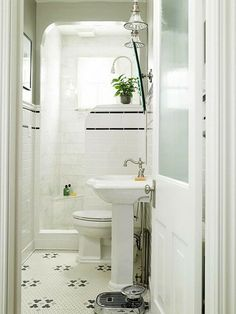 Small bathroom/Shower,,,FAVE so far!