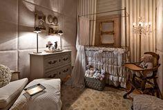 Decoração quarto de bebê clássico elegante - berço cômoda (Foto: Jomar Bragança)