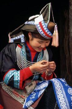China | Tip Top Miao Woman Embroidering. Guizhou Sheng, Guizhou Province. | © Keren Su