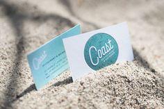 Tiefprägung des Logos Konzept & Umsetzung für das moderne Restaurant Coast in Rantum auf Sylt | Logo ✔Corporate Identity ✔ Print ✔ Web ✔ Design by Redeleit und Junker