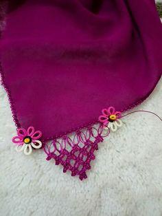 This Pin was discovered by HUZ Needle Tatting, Needle Lace, Tatting Necklace, Crochet Necklace, Crochet Border Patterns, Scarf Patterns, Crochet Projects, Crochet Bikini, Needlework