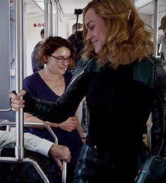 Brie Larson behind the scenes of filming Captain Marvel Marvel Gif, Marvel Actors, Marvel Characters, Captain Marvel Carol Danvers, Scott Lang, Brie Larson, Marvel Women, Marvel Cinematic Universe, Queen