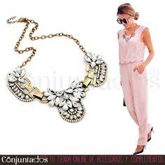 El #collar Alice destaca cualquier prenda de forma increíble ★ 15'95 € en http://www.conjuntados.com/es/collar-retro-de-cristales-transparentes-alice.html ★ #novedades #necklace #conjuntados #conjuntada #joyitas #lowcost #jewelry #bisutería #bijoux #accesorios #complementos #moda #fashion #fashionadicct #picoftheday #outfit #estilo #style #GustosParaTodas #ParaTodosLosGustos
