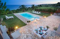 Exclusive 3 bedroom villa with pool in Trapezaki, Kefalonia - VILLAS - Kefalonia Villas / Private Villa with pool to rent in Kefalonia Greece Pool Bar, Bathroom Bath, Comfortable Sofa, Double Bedroom, Open Plan, Ground Floor, Seaside, Villa, Beach