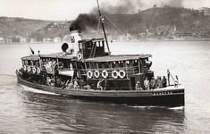 Süreyya Ferry / 1950 - Łodzie - Welcome Haar Design Istanbul City, Istanbul Travel, Istanbul Turkey, Boat Companies, Steam Boats, Golden Horn, Ferry Boat, Old Boats, Europe