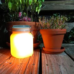 Solar Mason Jar That  Recharges From the Sun Flameless Candles, Solar Lights, Solar Power, Sun Solar, Power Led, Solar Mason Jars, Mason Jar Diy, Pineapple Top, Battery Operated Lanterns