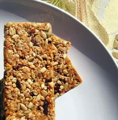 Healthy Granola Bars (Low Carb, Gluten-and Grain-Free)