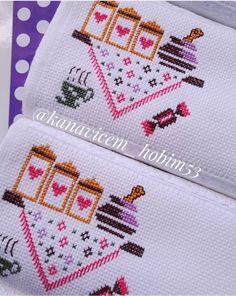 Elo 7, Simple Cross Stitch, Cross Stitch Designs, Cross Stitch Embroidery, Birthday Gifts, Diy Crafts, Cross Stitch Flowers, Dish Towels, Embroidery Ideas