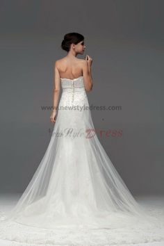 Red Lace Embroidery Cathedral Train beading Wedding Dresses nw-0113