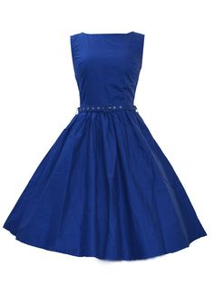 Blue vintage midi dress - so simple and classic. Love it.