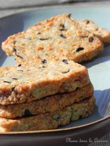 Biscuits aux sardines et aux olives noires