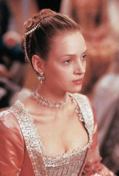Uma Thurman portrays the role of ''Madame Marie de Tourvel'' in the film ''Dangerous liaisons'' ''Επικίνδυνες σχέσεις'', a 1988 American period romantic drama movie, directed by Stephen Friars, distributed by Warner Bros. Mia Wallace, Pulp Fiction, Divas, Dangerous Liaisons, Beautiful Costumes, Beautiful Clothes, Cecile, Movie Costumes, Period Costumes