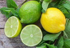 Quels sont les bienfaits du citron et de la lime ?  Vous êtes en manque d'énergie et vous cherchez un remède ? Essayez donc le citron et la lime, des fruits riches en bienfaits ! Voici ce qu'il faut savoir sur ces agrumes qui sont délicieux en plus d'avoir des propriétés nutritives impressionnantes.