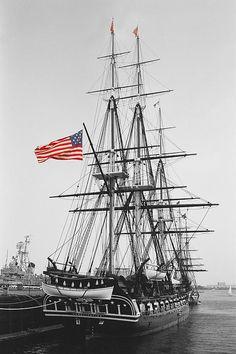 ✯ USS Constitution