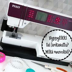 DIY: Pussukka tuplavetoketjulla - Punatukka ja kaksi karhua Sewing, Dressmaking, Couture, Stitching, Sew, Costura, Needlework