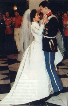 The Royal Wedding took place at Frederiksborg Church on November 18, 1995. The day before, Denmark had a huge snowstorm that made it almost impossible to go out. But it made the royal wedding extra special with all the white snow.