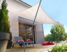 Voile d'ombrage, modèle FIDJI http://www.lapeyre.fr/menuiseries/amenagements-exterieurs/tonnelles-et-toits-de-terrasse/tonnelles/toile-ombrage-fidji.html