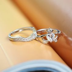 Jeulia offers premium quality jewelry at affordable price, shop now! Claddagh Engagement Ring, Heart Engagement Rings, Engagement Ring Shapes, Engagement Wedding Ring Sets, Wedding Ring Bands, Claddagh Wedding Ring, Diamond Claddagh Ring, Cheap Wedding Rings, Wedding Jewelry