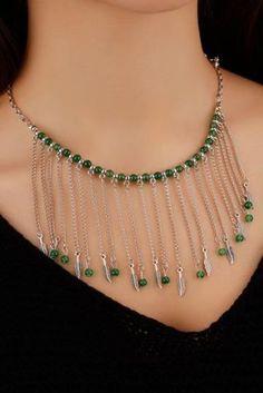 Bonito collar con piedras naturales y zamak Doityourself Bead Jewellery, Seed Bead Jewelry, Crystal Jewelry, Jewelery, Diy Earrings, Diy Necklace, Pendant Necklace, Necklaces, Necklace Chain