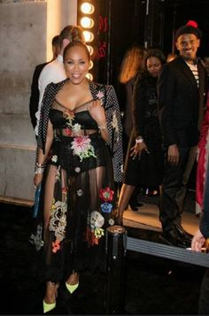 From New York to Paris Fashion Week, fashion diva extrodinaire Marjorie Harvey has done it again! See how she slayed everywhere she sashayed. Diva Fashion, All Fashion, Fashion Stylist, Fashion Show, Fashion Outfits, Street Fashion, The Lady Loves Couture, Love Couture, Celebrity Style Casual