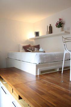 9畳の狭小住宅のスキップフロアベッド