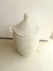 Huge Winter White Wedding basket laundry hamper by africanbaskets Basket Weaving, Hand Weaving, Modern Baskets, Blanket Basket, Book Baskets, Great Wedding Gifts, Laundry Hamper, Basket Decoration, Winter White