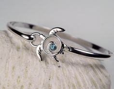 FantaSea Jewelry Swirl Sea Turtle Blue Topaz Hook Bracelet