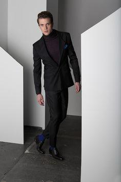 CIRCUS of FASHION präsentiert Suit Ruben - DYNmenswear Suit Ruben aufCIRCUS of FASHION – Contemporary Showroom für Berliner Mode und Designer – Autumn Winter2014/15.  Eleganter, schmal geschnittener Anzug in herausragendem Materia ... http://www.circus-of-fashion.com/produkt/Shopping-Fashion-Mode-aus-Berlin/dyn-menswear-suit-ruben/