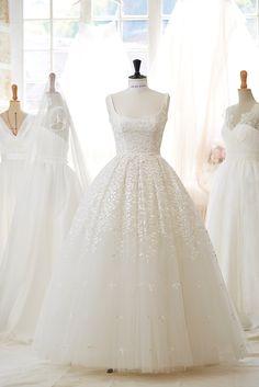 Robe de mariée Amour disponible chez Plume Paris