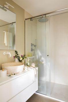 Spa Like Bathroom Design Ideas To Inspire You 36 Spa Like Bathroom, Laundry In Bathroom, Small Bathroom, Bathroom Flooring, Bathroom Furniture, Bathroom Interior, Casa Top, Bathroom Renovation Cost, Rustic Vanity