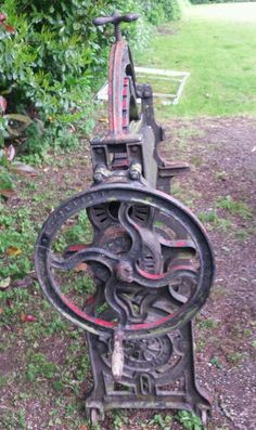 Very old antique. Call George Local delivery avaliable at extra cost Used Stuff For Sale, Old Antiques, Cannon, Cast Iron, Dads, Delivery, Fathers
