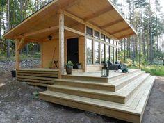 Attefallshus Lindköping I — Swedish Timber Frame Small Tiny House, Tiny House Cabin, Tiny House Living, Tiny House Design, Cabin Homes, Small House Plans, Tiny Homes, Small Wooden House, Cabin House Plans