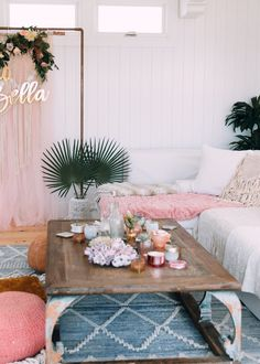 An Italian Inspired Baby Shower! Katrina Scott, White Bedroom Design, Baby Sprinkle, Tone It Up, The Hamptons, Baby Shower, Throw Pillows, Table, House