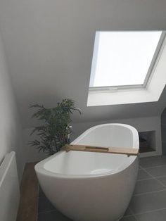 schones badezimmer eng badewanne inspiration abbild der bebaceafecebff attic bathroom refurbishment