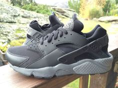 Nike Air Huarache - Black / Cool Grey | KicksOnFire.com