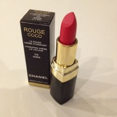 20236587e5 Červená rtěnka Chanel - Bazar Omlazení.cz Makeup