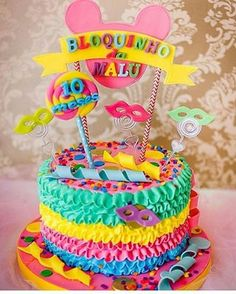 Jewellery For Lady - Carnival Centerpieces, Carnival Party Decorations, Simple Birthday Decorations, Carnival Cakes, Carnival Themed Party, Carnival Birthday Parties, Carnival Invitations, Cool Cake Designs, Custom Cupcakes