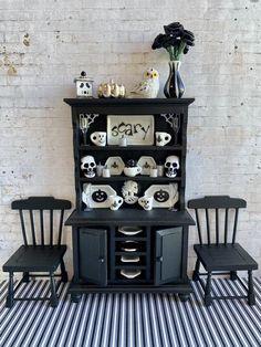 Halloween Bathroom, Halloween Doll, Halloween House, Halloween Treats, Happy Halloween, Haunted Dollhouse, Haunted Dolls, Dollhouse Miniatures, Wooden Cupboard