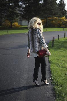 Blonde Bedhead, skinny jeans, heels, faux-fur vest.