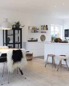 "Gefällt 5,283 Mal, 145 Kommentare - Kirsten Skovbon (@skovbon) auf Instagram: ""We are so happy for our new kitchen it has been a lot of work, but all worth it #interior…"""