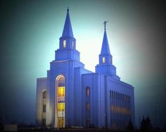 """Kansas City LDS Temple #Mormon #LDStemple A modern day castle. Love it!  - MormonFavorites.com  """"I cannot believe how many LDS resources I found... It's about time someone thought of this!""""   - MormonFavorites.com  We love Temples at: www.MormonFavorites.com"""