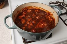 carne adovada [New Mexican chili-braised pork] . I learned some food science here. This is a keeper. Pork Stew, Braised Pork, Chili Recipes, Mexican Food Recipes, Mexican Dishes, Adobada Recipe, New Mexico Style, Tacos, Food Lab