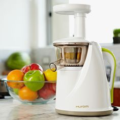 The 8 Best Cold Press Juicers To Use At Home - What could be better to start the day with a cup of freshly made juice?