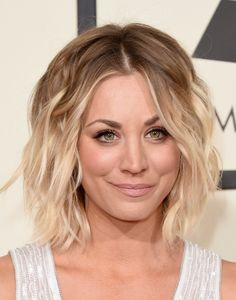 Kaley Cuoco Short Wavy Cut