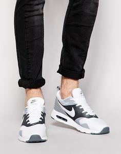 Air Max Tavas On Feet
