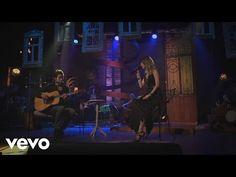 (3) Sandy - Me Espera (Ao Vivo No Teatro Municipal De Niterói) ft. Tiago Iorc - YouTube