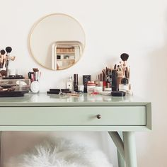 I've accepted that this is the tidiest this table is ever going to look ✨ Dream Bedroom, Room Decor Bedroom, Design Bedroom, Beauty Room, My Room, Decoration, Room Inspiration, Interior And Exterior, Vanities
