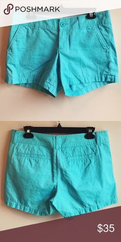 • Lilly Pulitzer • Callahan Shorts - Lilly Pulitzer - Callahan Shorts - Blue  - Size 6 - Excellent Condition Lilly Pulitzer Shorts